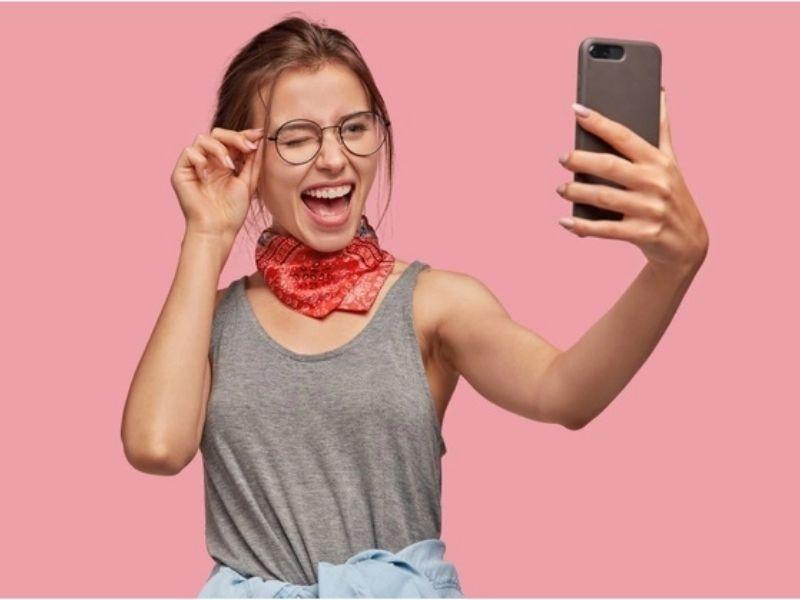 Trucos para mejorar tus fotos y venderlas en Chaturbate